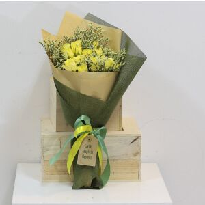 Yellow Roses Presentation Bouquet